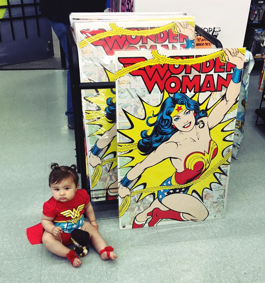 Free Comic Book Day Postcard: Wonder Woman Day Celebrated By Comic Shops!